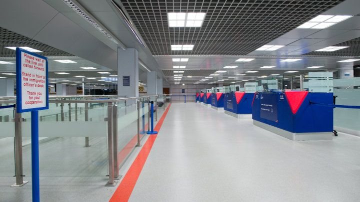 Philips lighting illuminates the manchester airport terminal 2 philips lighting illuminates the manchester airport terminal 2 m4hsunfo