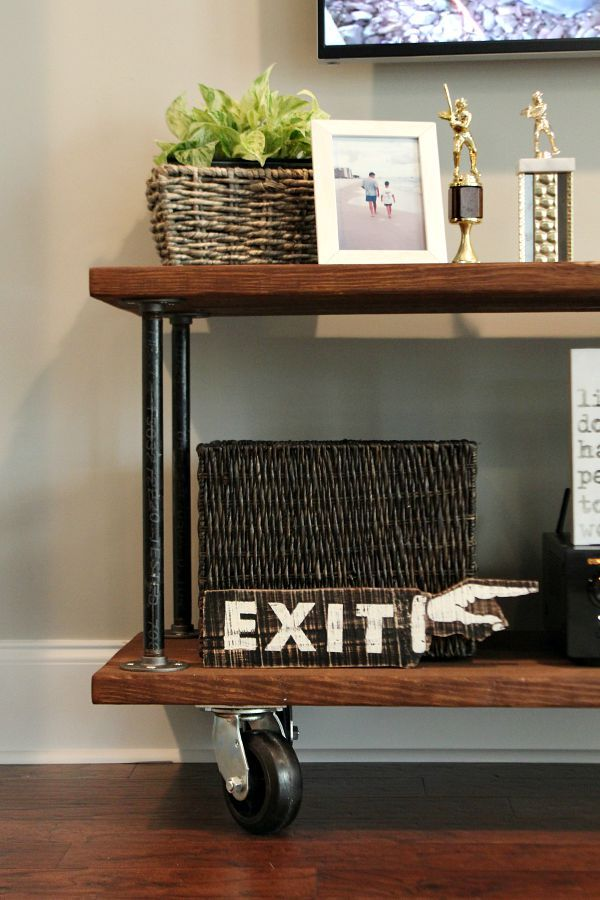 how to build an industrial console table diy craftiness industrial console tables. Black Bedroom Furniture Sets. Home Design Ideas