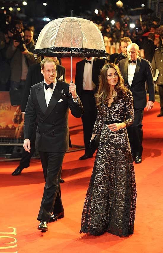 And Kate goes with...Lace ♥