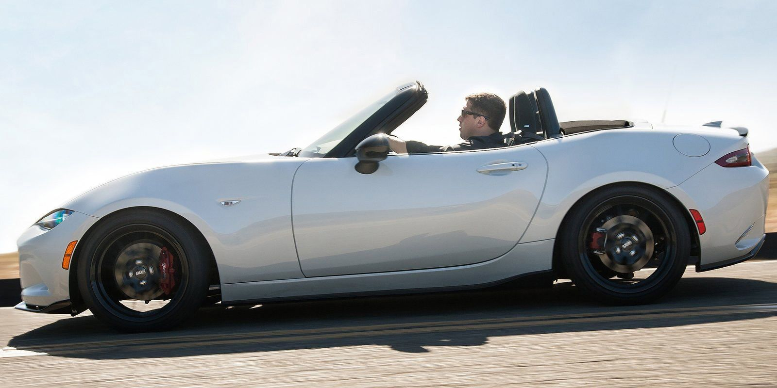 25 Cars That Were Massively Improved By A Redesign Mazda Mx5 Mazda Mx5 Miata Miata