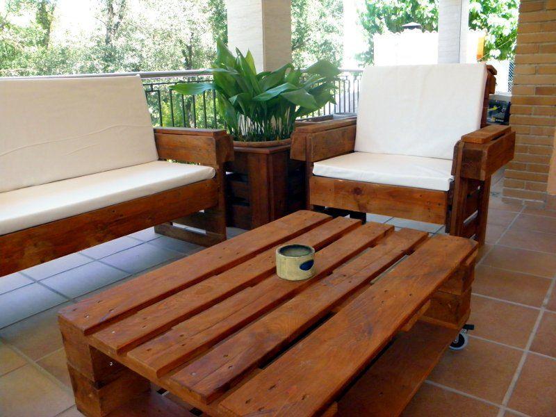 Muebles hechos con palets para decorar tu casa o jard n - Muebles de jardin hechos con palets ...