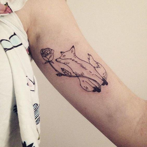 tatouage rose renard petit prince bras femme tatoo pinterest tattoos prince tattoos et. Black Bedroom Furniture Sets. Home Design Ideas