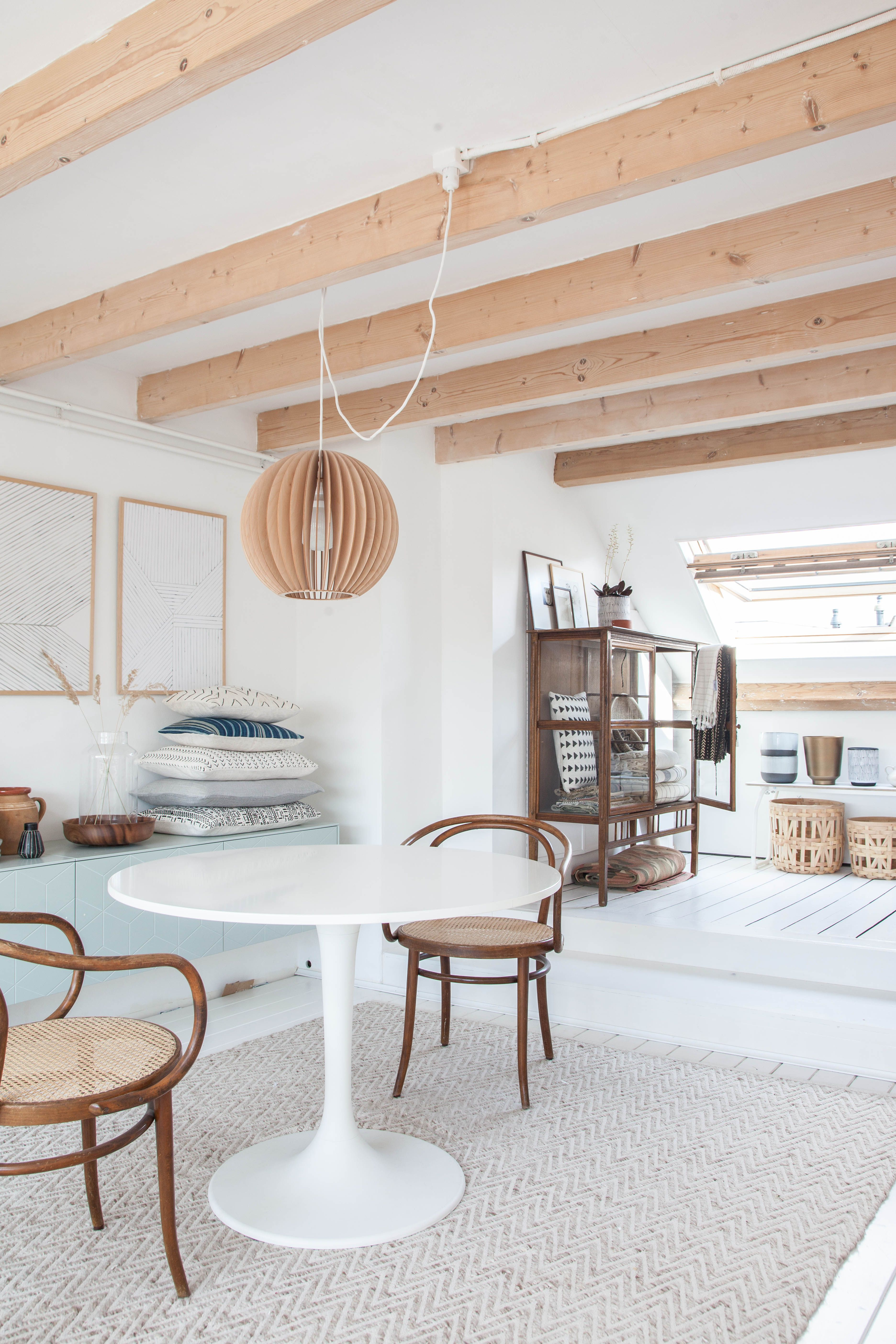 Gravity Home: Light Attic Home Office Of Interior Stylist Holly ...