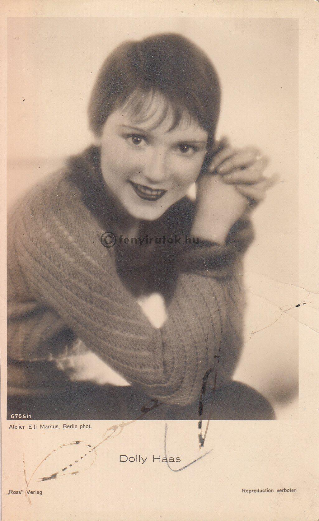 Beatrice Fang,Mumtaz Shanti Adult pic Keegan Connor Tracy,David Janson (born 1950)