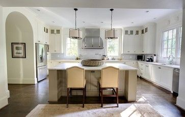 Stove Between Two Windows With Tall Backsplash Don T Like Cabinet