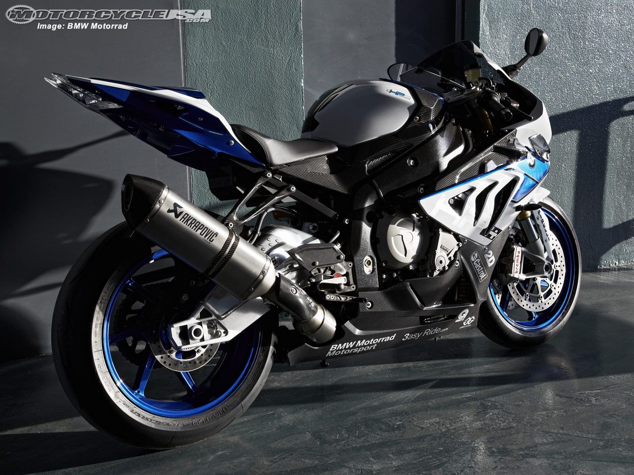 Meet The World Sexiest Bmw S 1000 Rr Bmw S1000rr Bmw S Racing