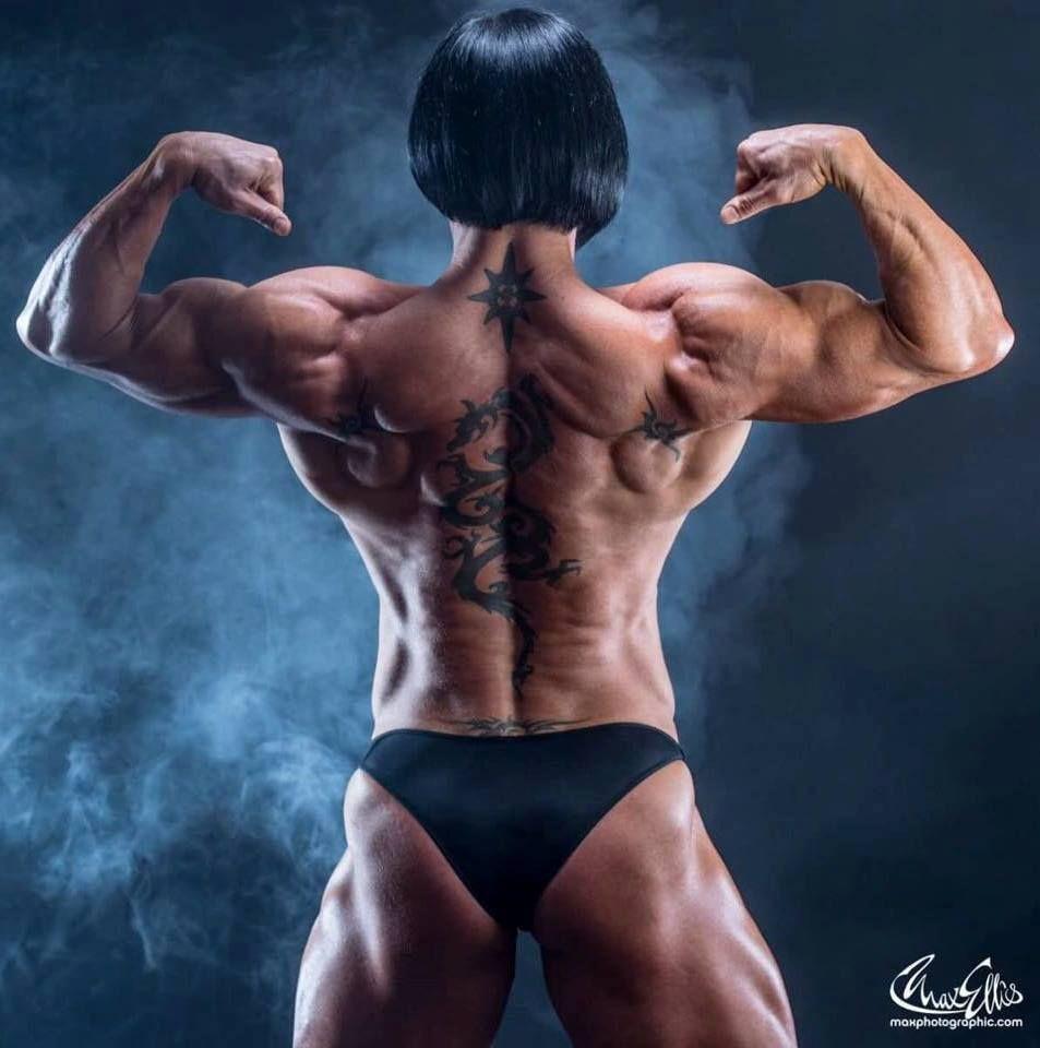 Women bodybuilder back muscles