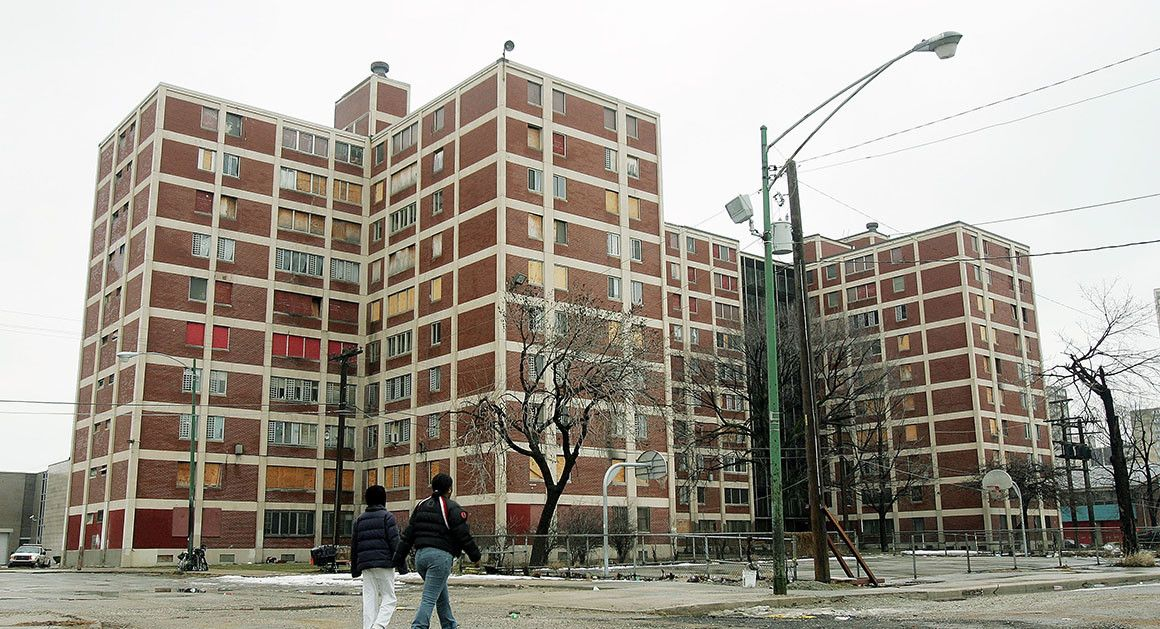 How Chicago Learned Privatizing Public Housing Isn T Enough Chicago History Chicago History