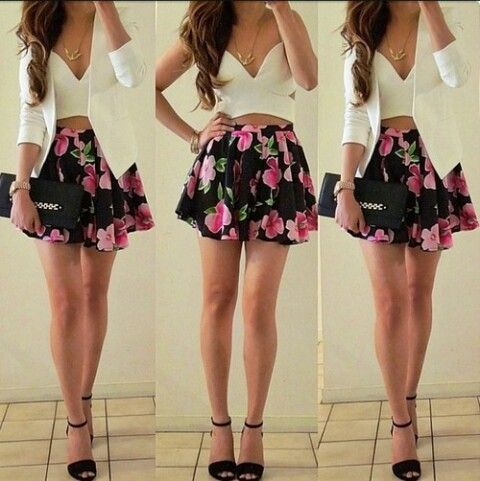 Love that outfit. the floral skirt.