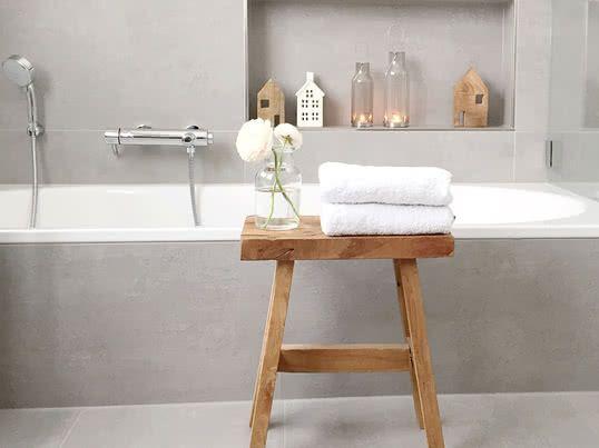 Bildergebnis für badezimmer skandinavischen stil Bad Pinterest - hängeschrank für badezimmer