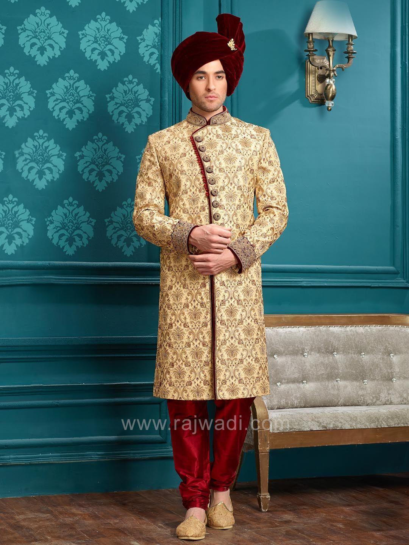 Trendy Indian Wedding Party Wear Ladies Designer Anarkali: Stylish Golden Wedding Indo Western #rajwadi #designer
