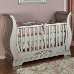 Venice Crib shown in Silver