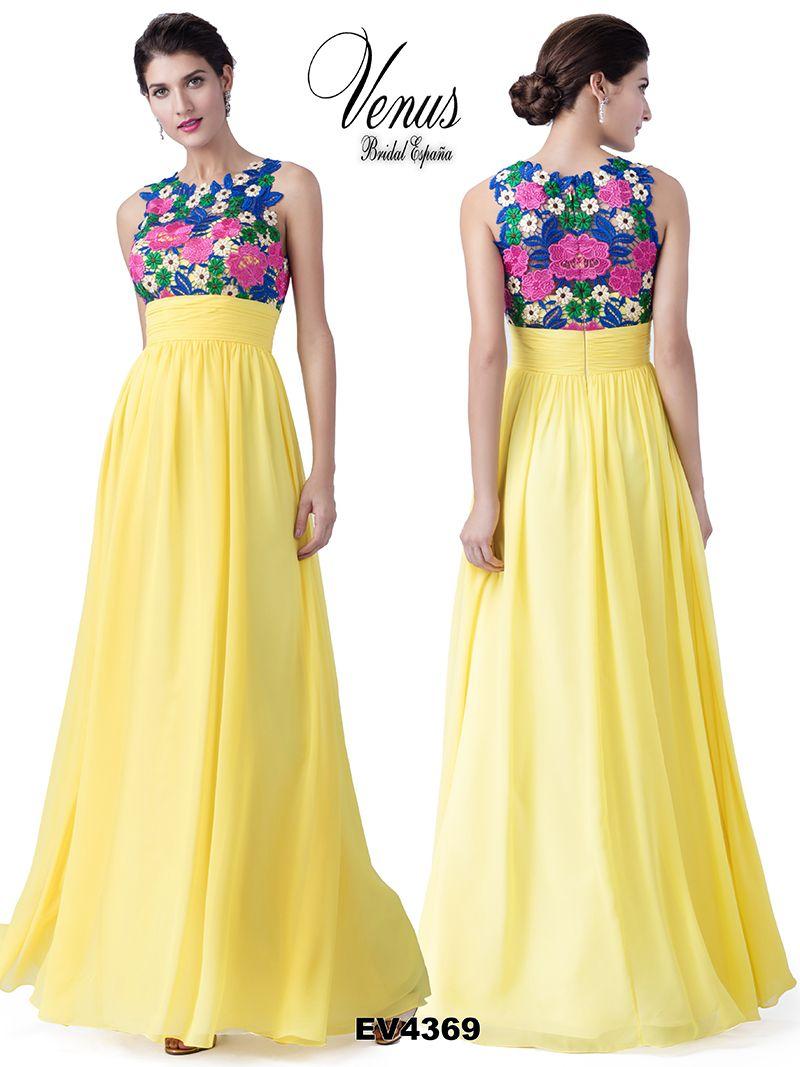 a03d9dd930 Vestido de fiesta en tonos amarillos en combinación con estampado floral.  Sigue la línea del maxi vestido