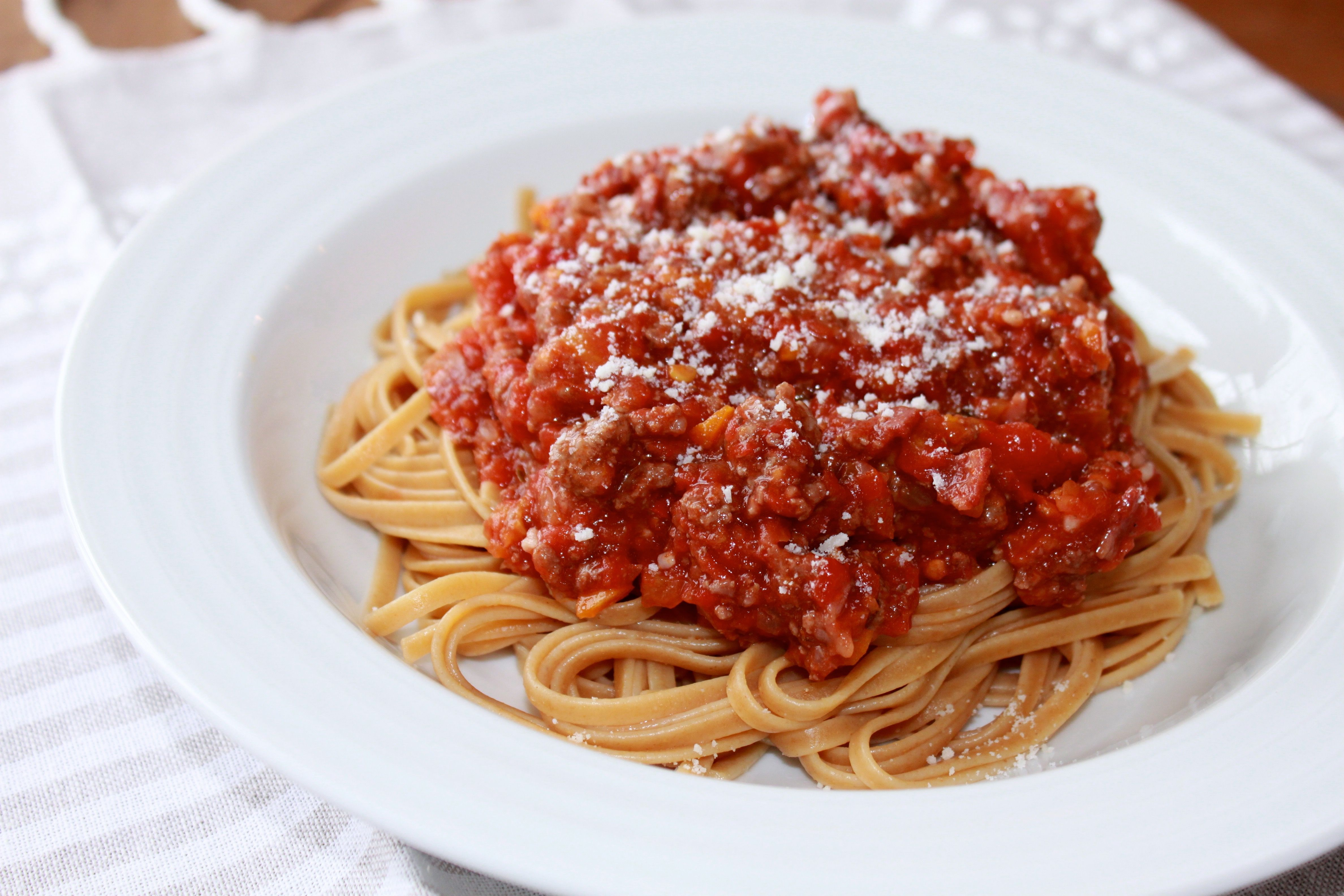 Best Ever Bolognese Sauce Recipe Stovetop Slow Cooker Instant Pot Recipe In 2020 Bolognese Sauce Recipe Sauce Recipes Bolognese Sauce