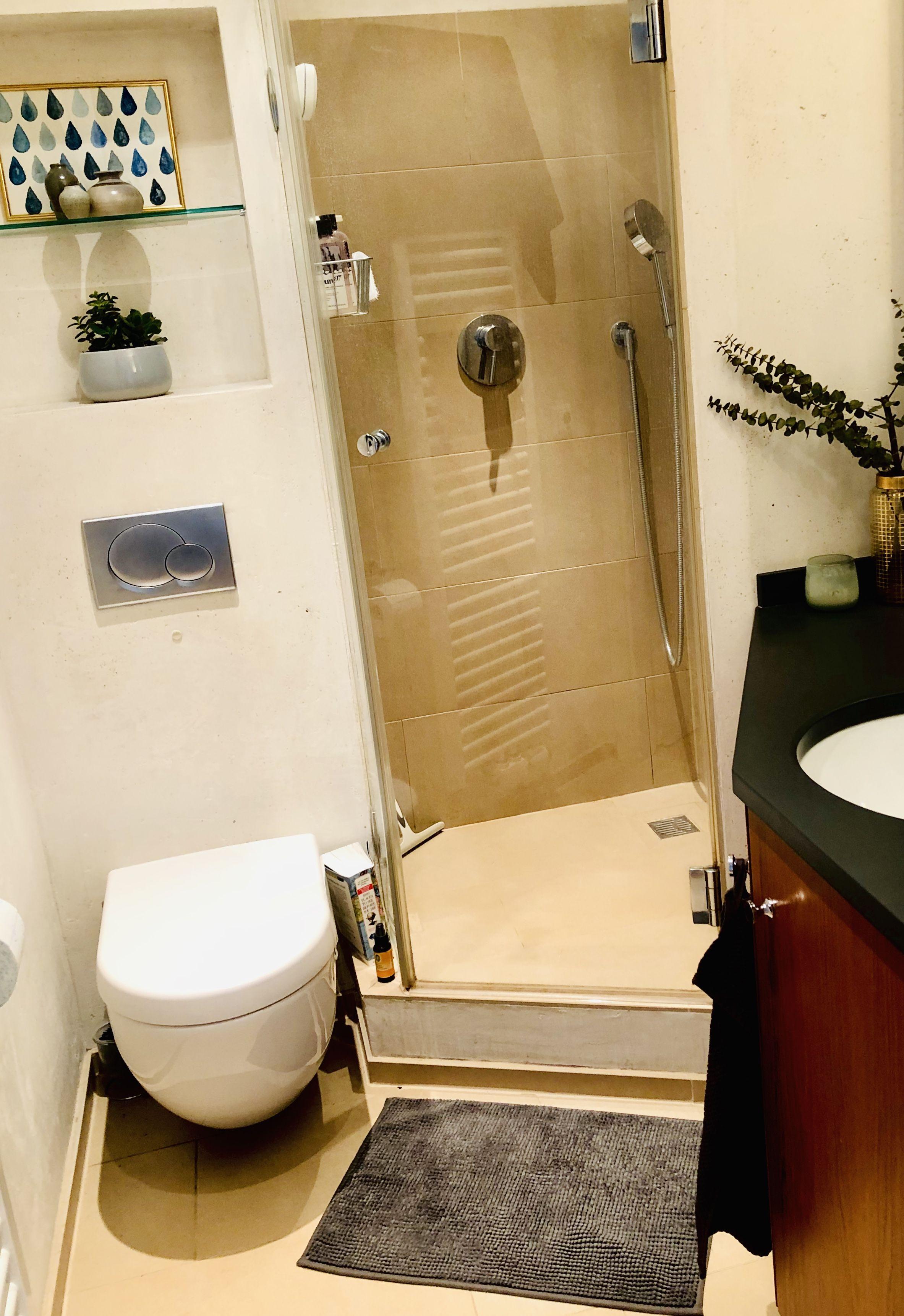 Modernes Badezimmer In Hh In 2020 Badezimmer Schone Badezimmer Modernes Badezimmer