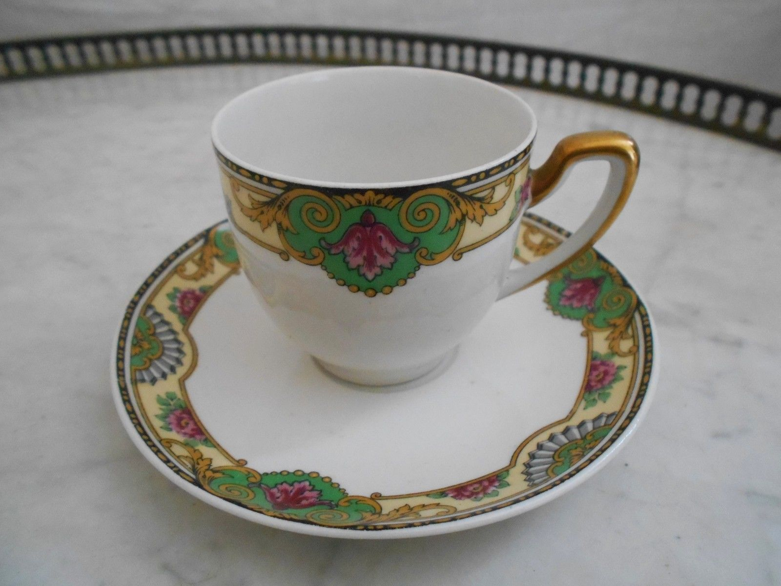 service de 4 tasse sous tasse a cafe the en porcelaine de limoges raynaud c ramiques. Black Bedroom Furniture Sets. Home Design Ideas
