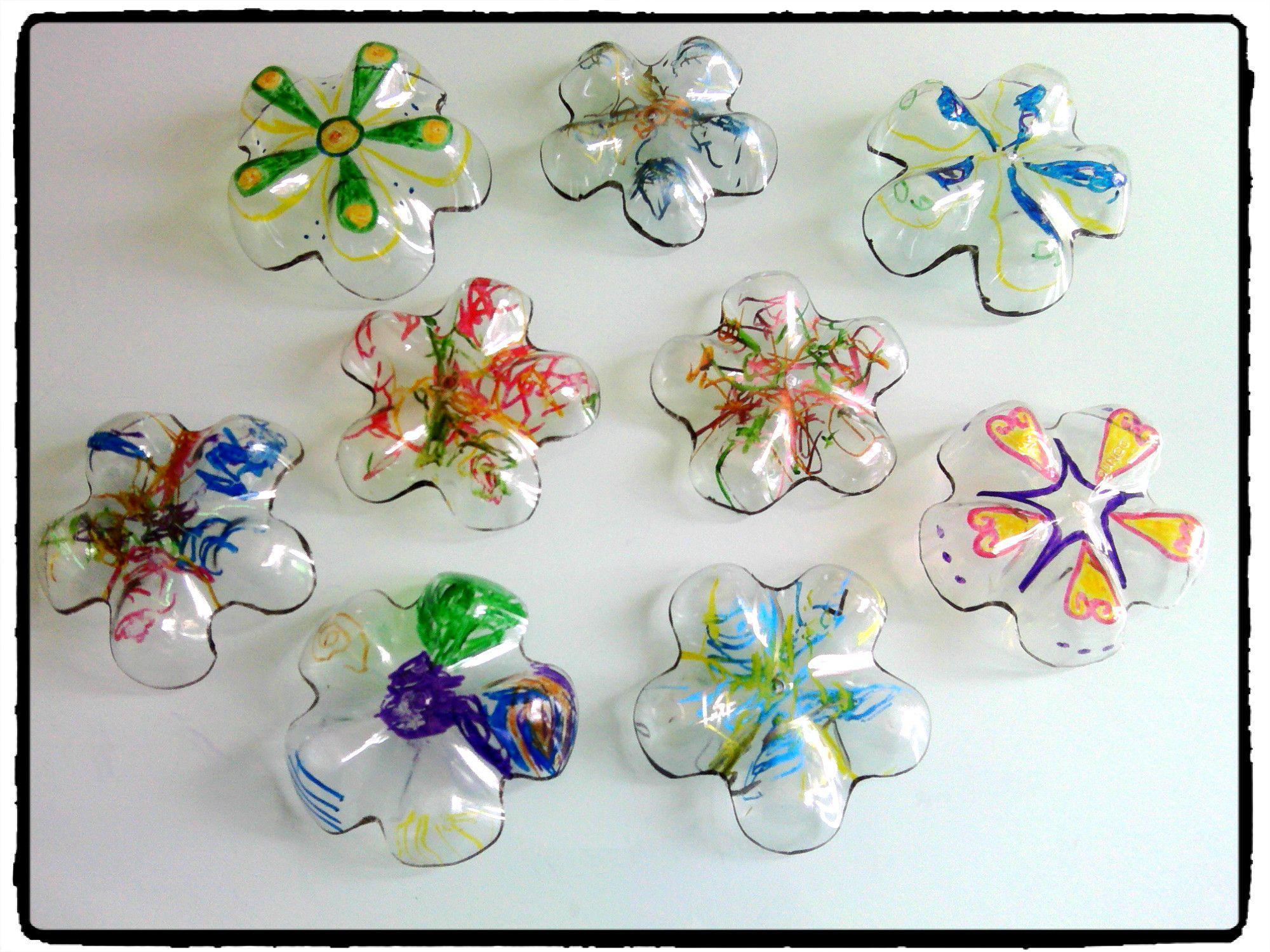 Fleurs en plastique bouteille en plastique printemps for Pinterest bricolage jardin