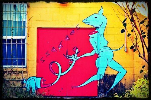 Mural done in Tampa. Artist unknown. Photo taken by Heather Knight of Heart on Sleeve Art.(More Photos)