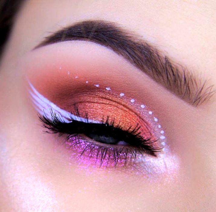 20 Ideas para maquillar tus ojos en Halloween sin tener que disfrazarte de pies a cabeza