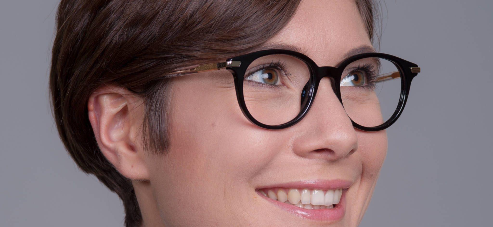 am besten online stylistisches Aussehen außergewöhnliche Auswahl an Stilen Das ist sie - Die Dior Damenbrille Montaigne 35 TFV   Dior ...