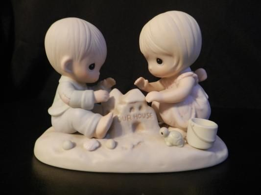 "1984 Precious Moments Figurine ""God Bless Our Home"" #12319"