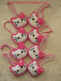Free crochet - Amigurumi Hello Kitty. Scroll down to the bottom for English translation.
