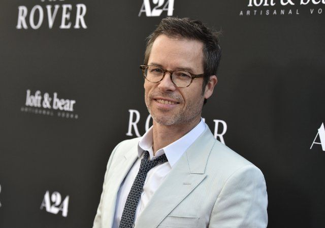 Guy Pearce photos, including production stills, premiere photos and other event photos, publicity photos, behind-the-scenes, and more.