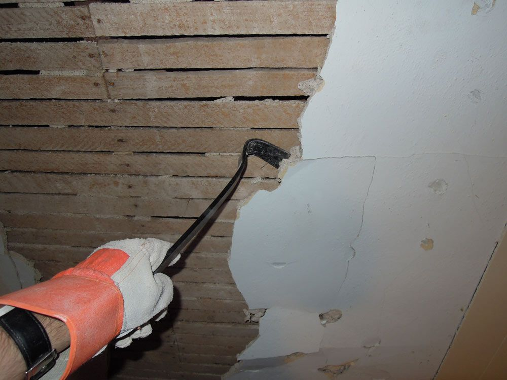 Removing Plaster From The Wall Ceiling Not Necessary To Remove