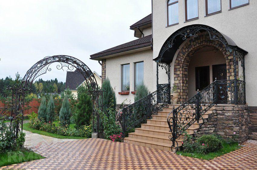 Металлическое крыльцо частного дома: 20 фото и идей ...