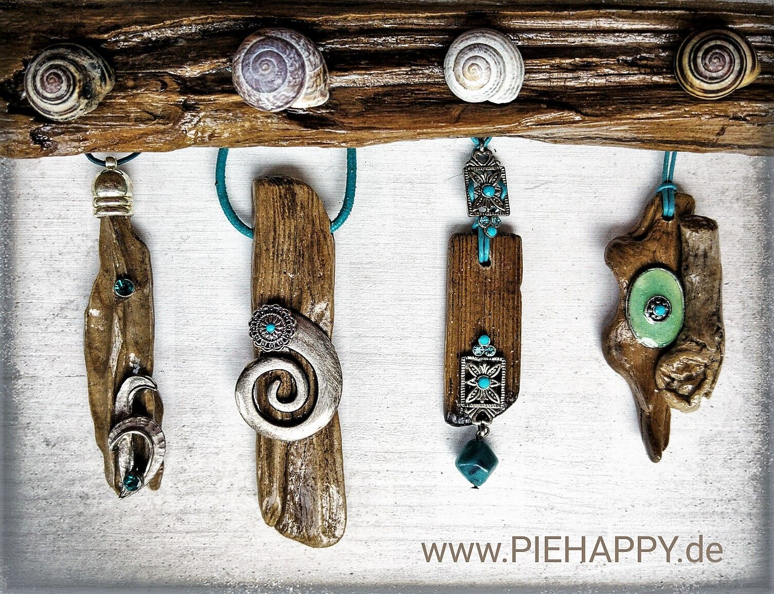 Photo of Driftwood meets turquoise