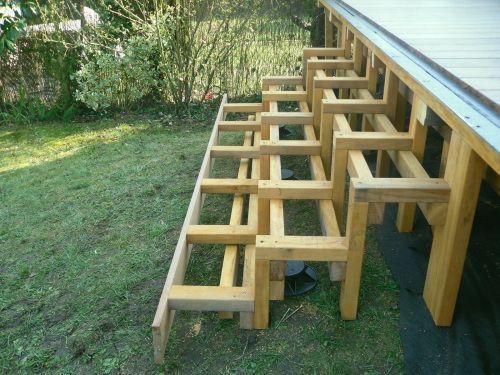 Faire des escaliers en bois exotique sur ma terrasse Dış Mekan - fabriquer escalier exterieur bois