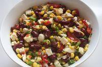 Bunter Salat mit Kidneybohnen, Mais und Feta #healthyshrimprecipes