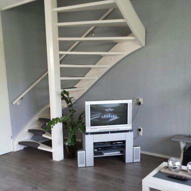 Mijn huis open trap wit grijs | woonkamer trap | Pinterest