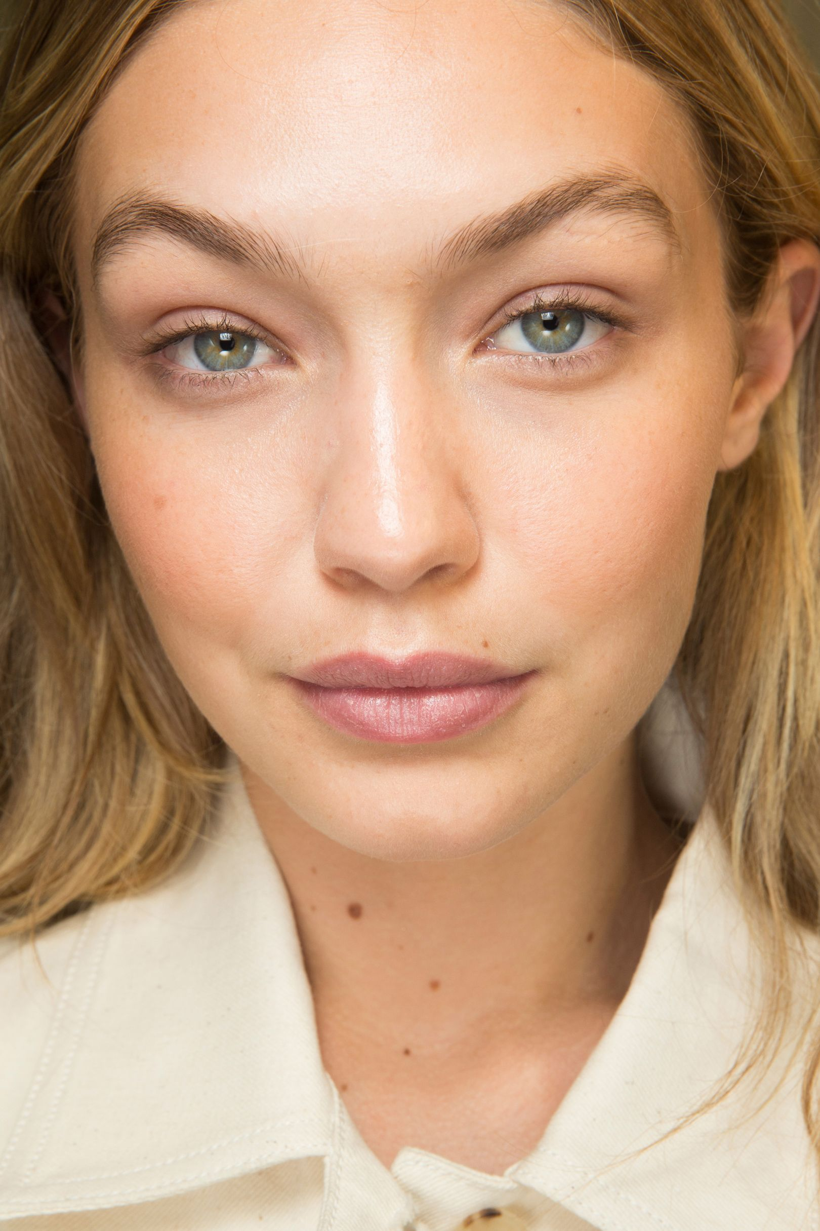 eb72ef9690e Classic, laid-back beauty was the order of the day at Isabel Marant, with  healthy-looking skin the focus of the make-up by Lisa Butler.