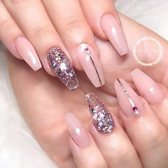 Winter Glitter Nails Holiday Nails Prom Nails Wedding Nail Art Designs New Year Nails Christmas Holiday Nails Glitter Holiday Nails Wedding Nails Glitter