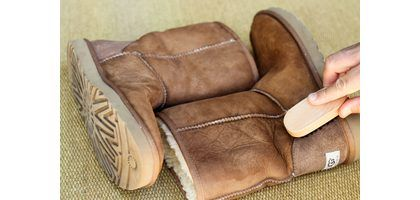 How to Clean Water Stains From Ugg Boots (with Pictures)  2eaee6aee