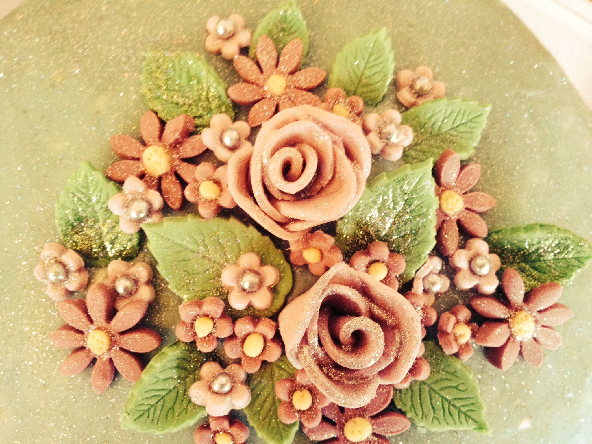Sugar craft flowers for my sisters' cake