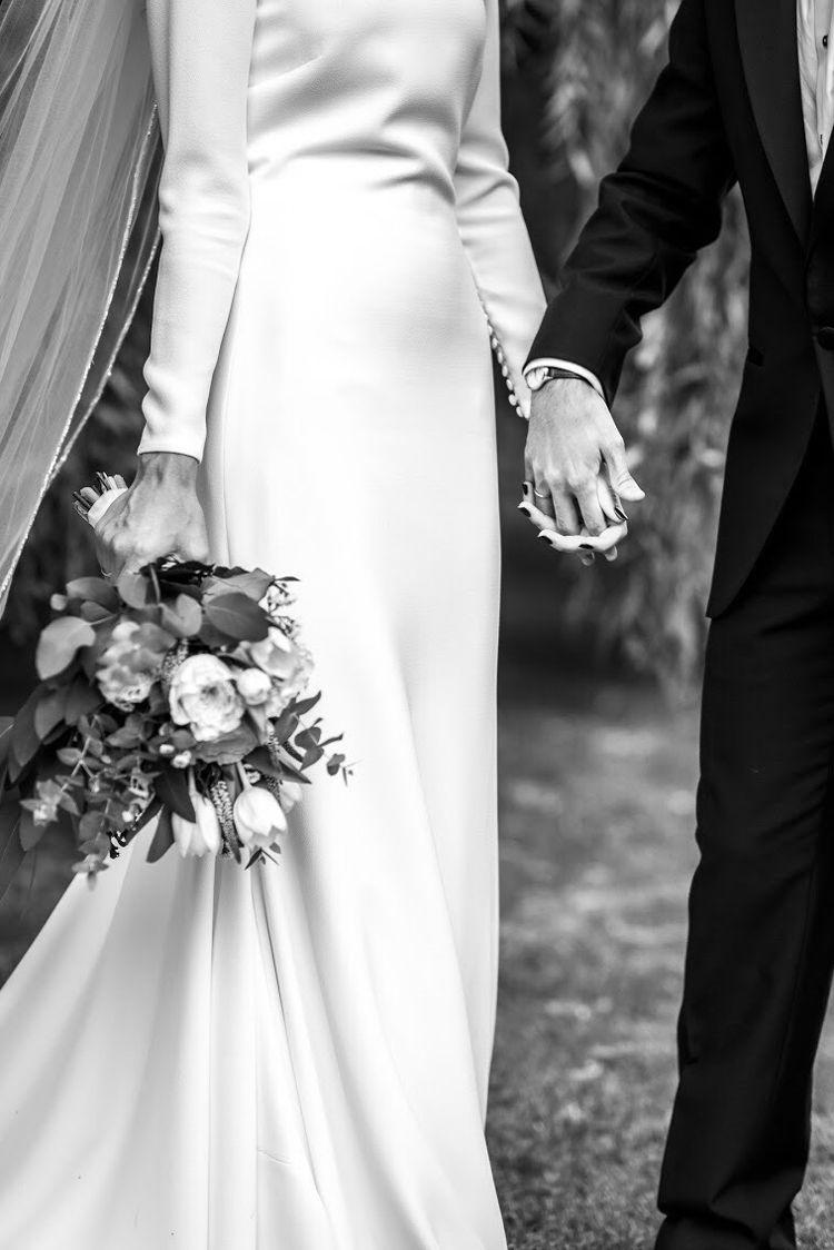 Pin On Wedding Bells [ 1124 x 750 Pixel ]