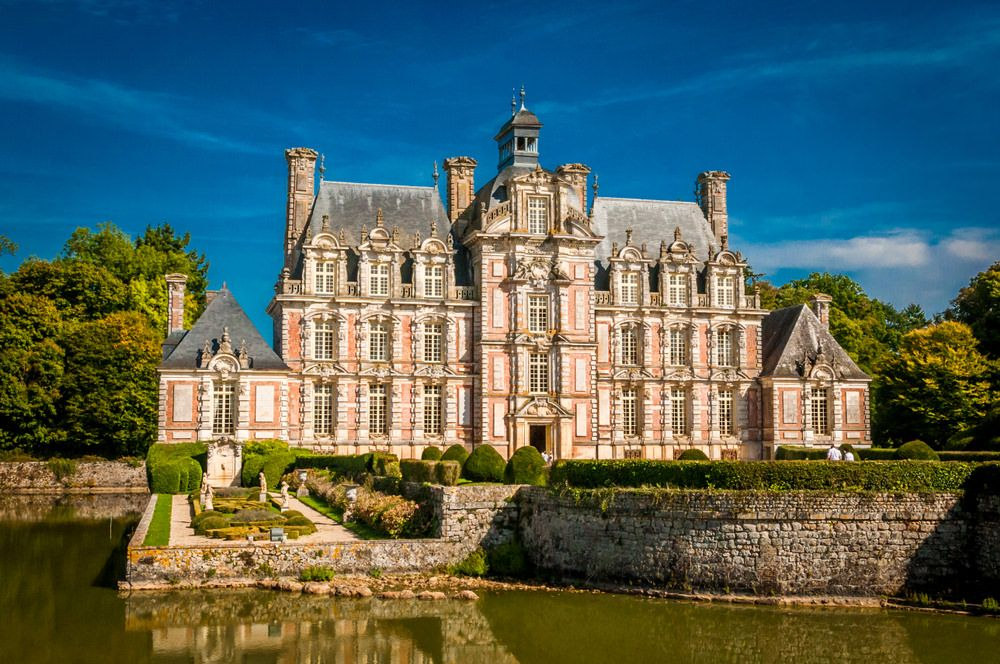 44 Most Beautiful French Chateaus Photos French Chateau Chateau France French Mansion