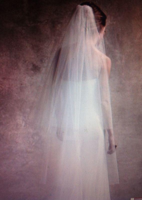 vera wang veil | idealWEDvibe | Pinterest