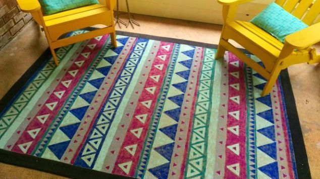 Give An Old Rug New Life By Painting It Natural Fiber Rugs Painting Fabric Furniture Diy Rug