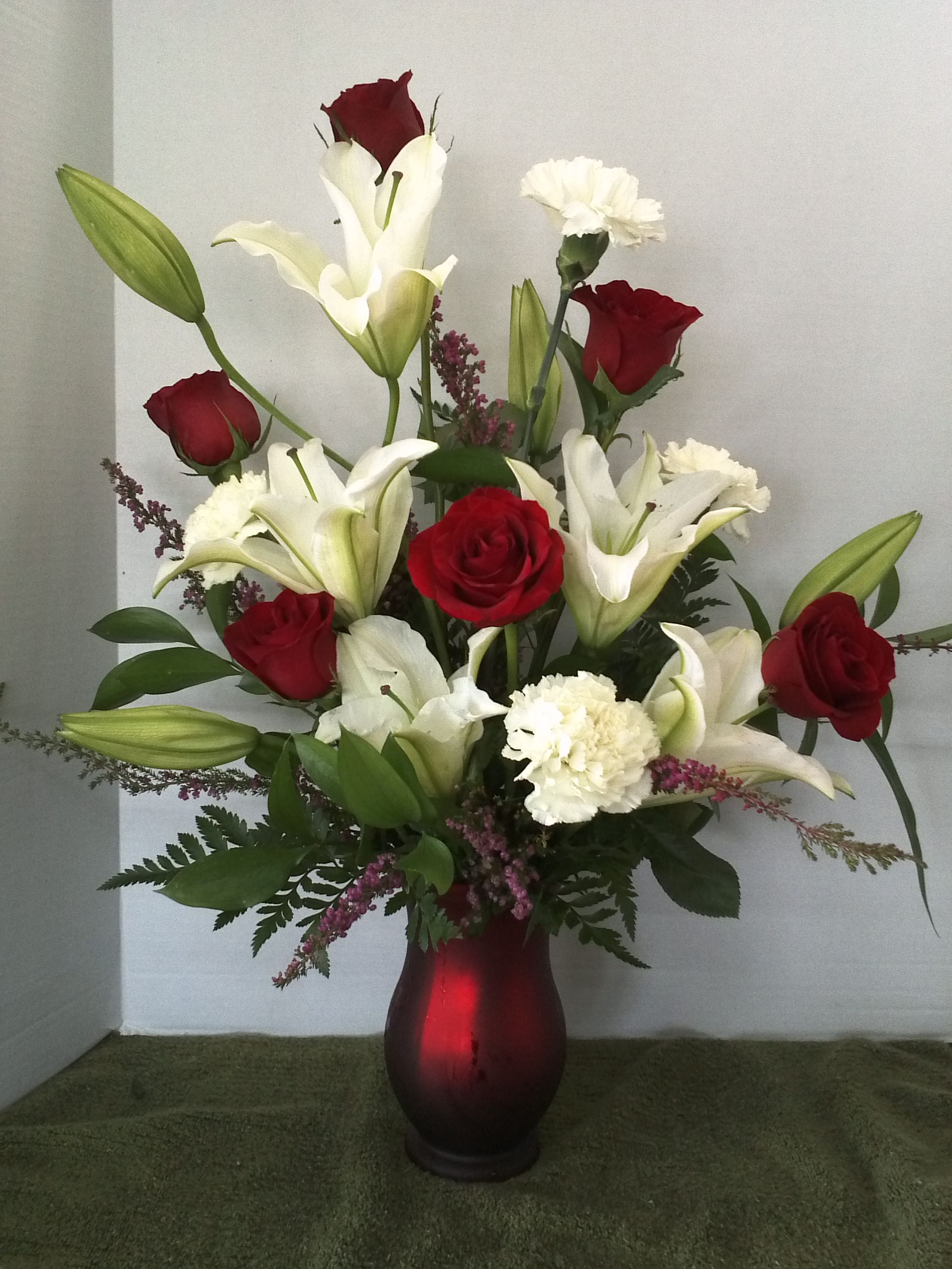 Valentines day flowers about my flower shop of orangevale beautiful valentines day flowers arrangements for your beloved people izmirmasajfo