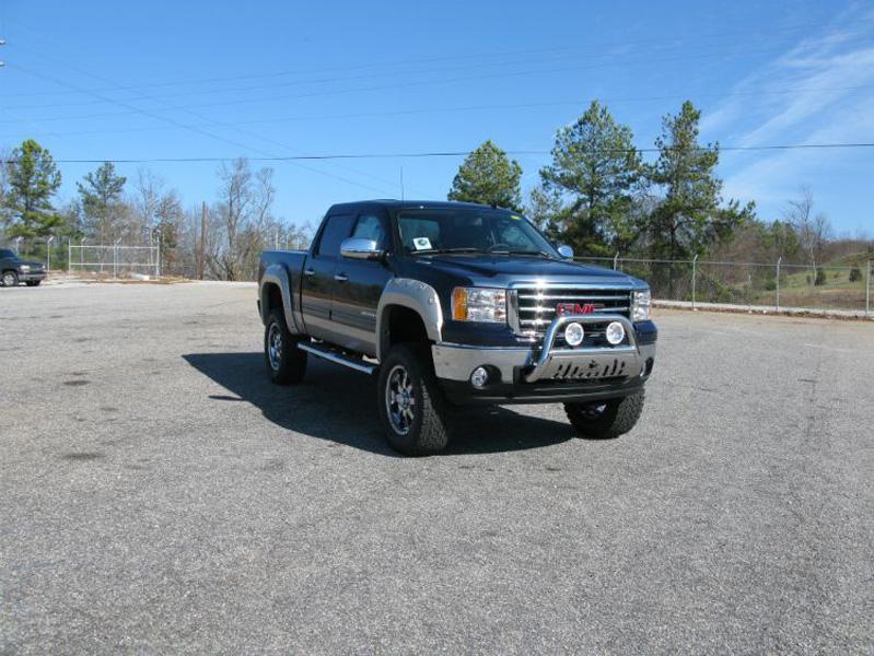 Not A Chevrolet Silverado But A Black 2 Tone Raised Gmc Sierra