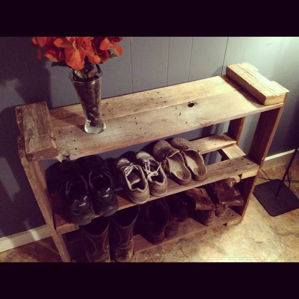 shoe rack made from pallets i like the nails still in the