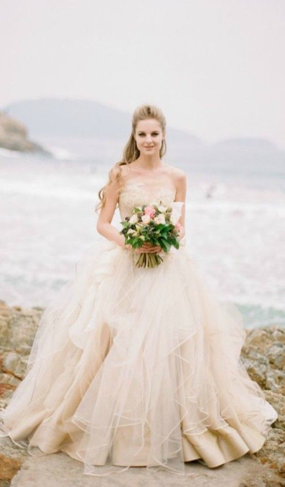 15 Most Breathtaking Goddess Wedding Dresses For Beach Wedding ...