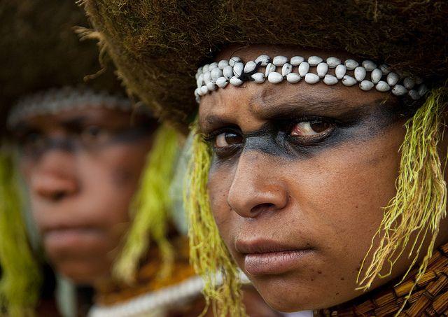 Suli Muli tribe girls in Mount Hagen festival singsing - Papua New Guinea by Eric Lafforgue