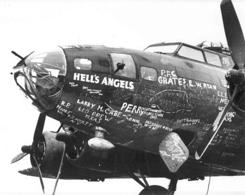 The original Hell's Angels flight crew sign their names ...