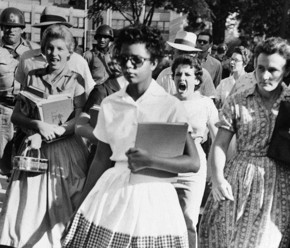 15 Year Old Elizabeth Eckford Walks Through An Angry Mob And A Row