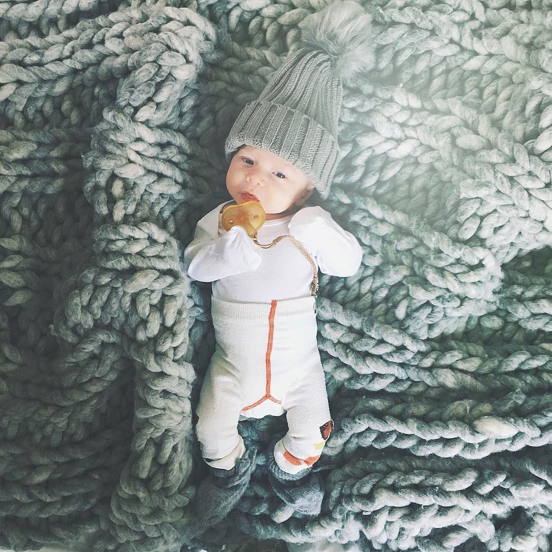 We love you winter ❤️#little #elf #everyday #we #cozying #best #season