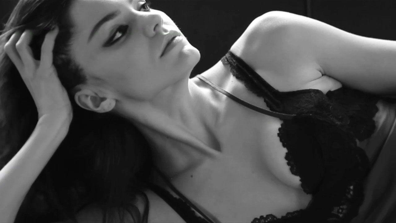 PIC: Smash Star Katharine McPhee Strips Down in Sexy GQ